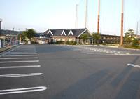 150台の駐車スペース